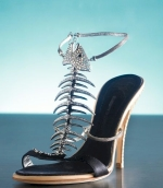 giuseppe-zanotti-jeweled-fish-sandal
