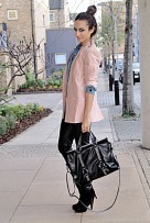 blue-shirt-pink-blazer-black-pants-black-black-boots_400