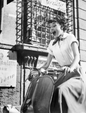 Annex - Hepburn, Audrey (Roman Holiday)_05